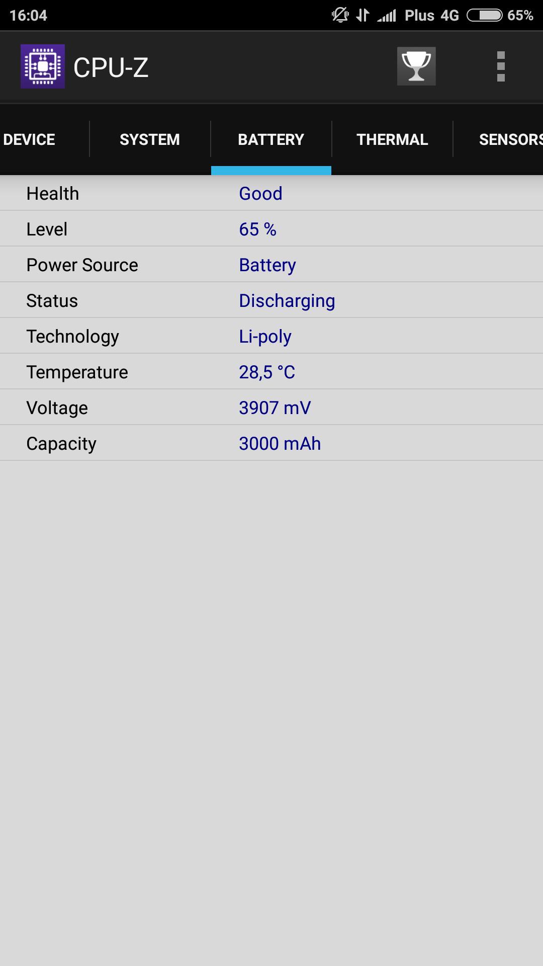 Najlepszy wynik jaki udało mi się zanotować to 7h 10min SOT średnio wartość ta wynosiła od 5h 30min do 6h a w przypadku hardcorowego używania spadało do
